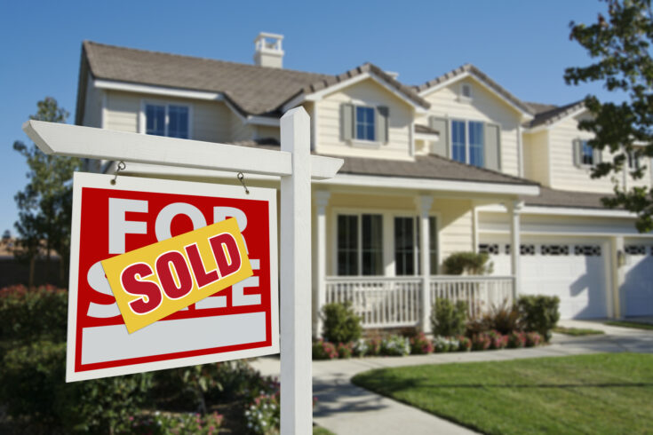 Putting your house on the market for sale is a big decision for you and your family. Make sure you know these top 3 pro tips for selling your home, and fast.